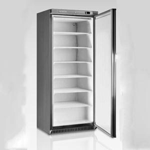 Congelatore verticale da 600 lt lordi esterno in acciaio for Congelatore verticale a